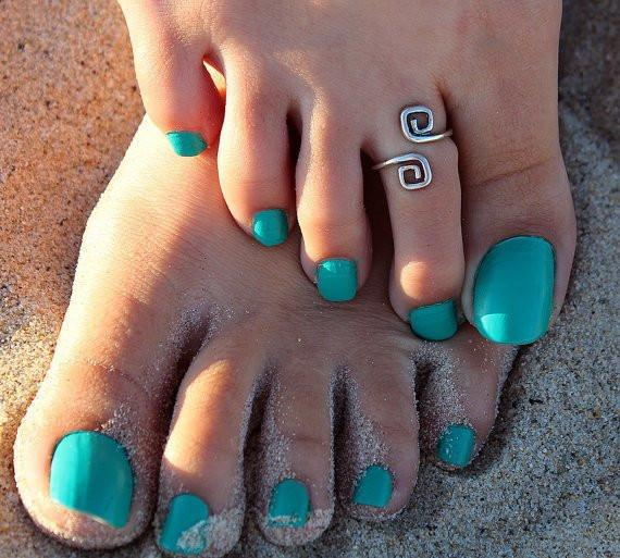 Unique Retro Silver Plated Toe Ring
