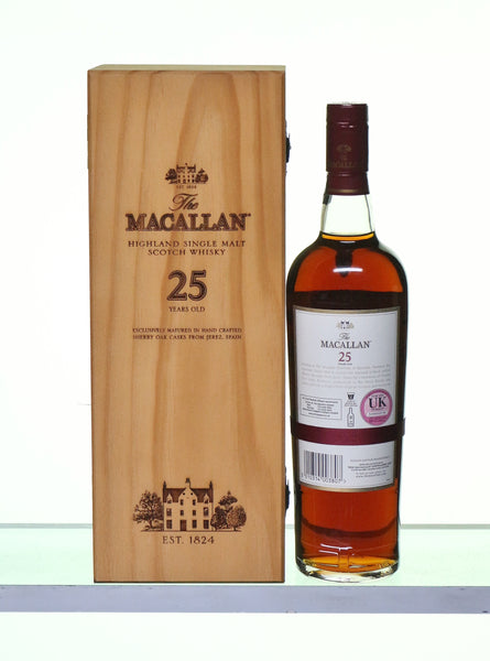 Macallan 25 Years Old distillery bottled in Sherry Wood