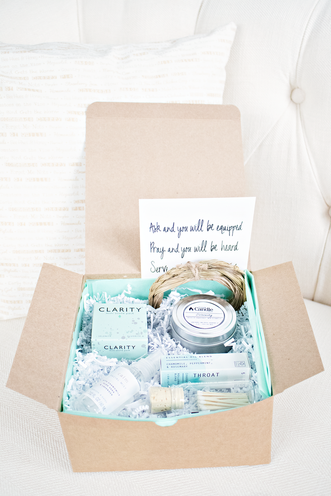 Mind, Body + Holiday Spirit- Getting Into AlignMINT Curated Gift Box