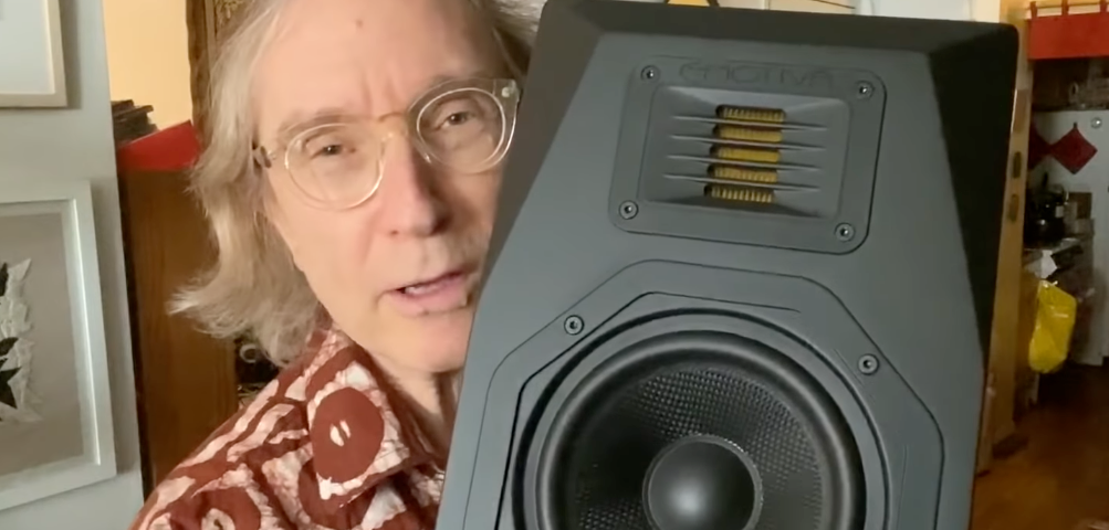 Steve Guttenberg Reviews the Airmotiv B1+ Loudspeaker