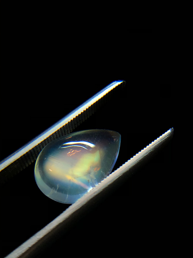 Teardrop Rainbow Moonstone Cabochon
