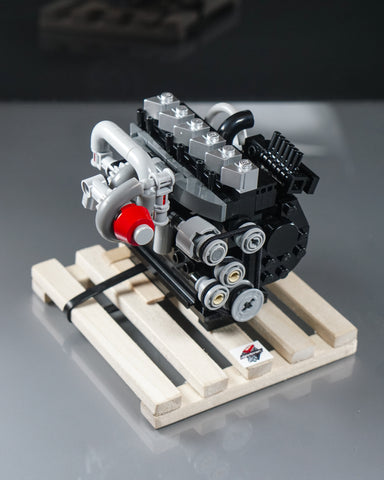 Cummins 6BT 5.9 compound turbo diesel engine model lego with wooden pallet
