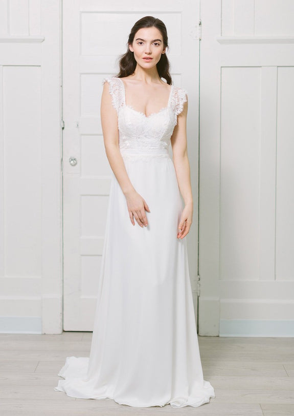 Lavictoire Solange wedding dress front