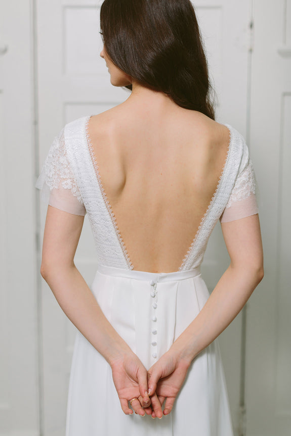 Lavictoire Union wedding dress open back short sleeve with lace