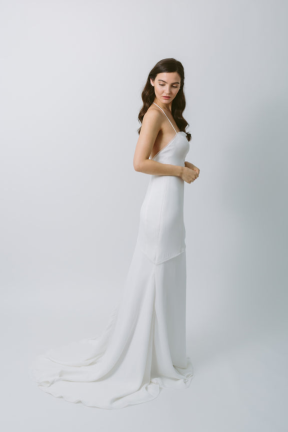 Lavictoire Solstice wedding dress side