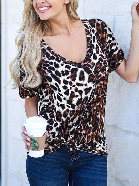 Leopard Printed T-shirt Top