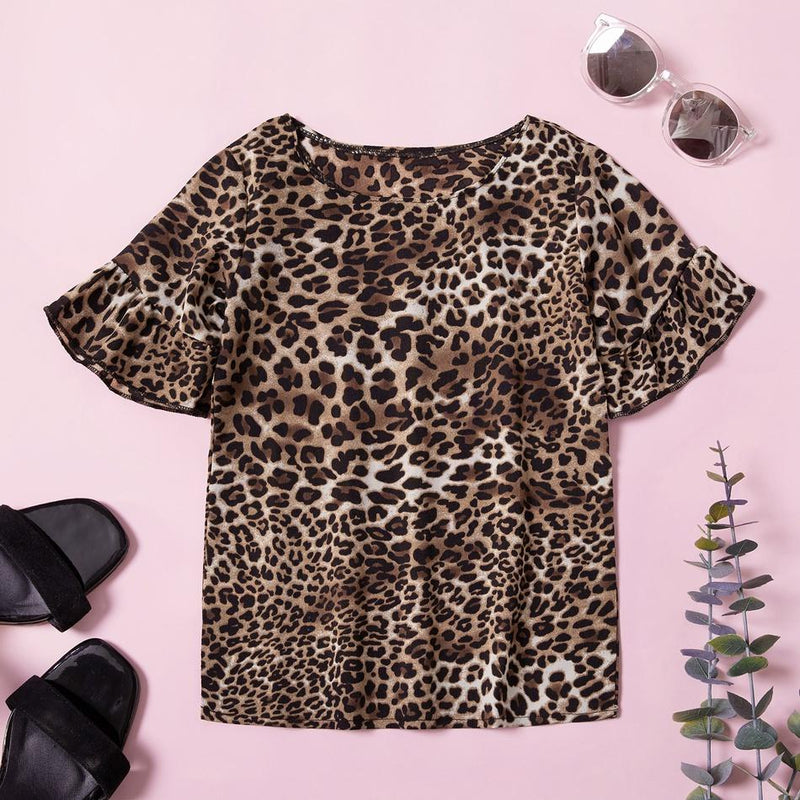 Mommy and Me Round collar Leopard Brown Short Sleeve Matching Tops
