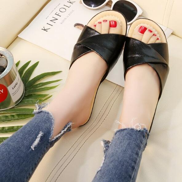 Soft Bottom Large Size PU Leather Slippers Sandals Non-slip Comfortable Sandals