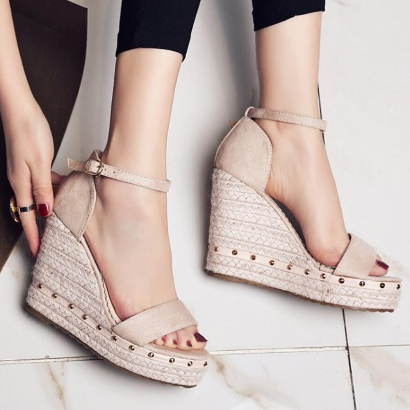 Women Platform Sandals High Heels Ankle Strap Sandals Rivet Casual Shoes