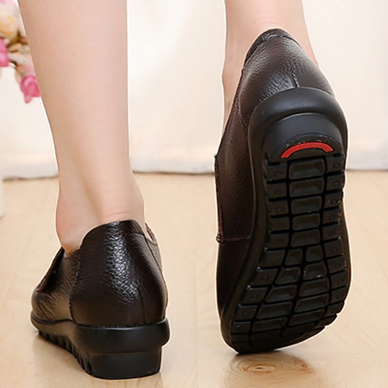 Women leather Comfortable Large size flat Shoes