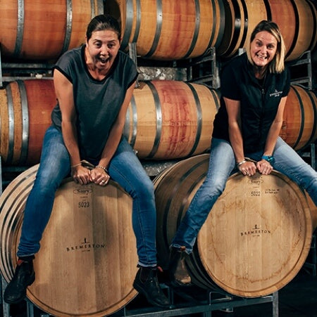 Sisters in wine, Rebecca and Lucy Wilson