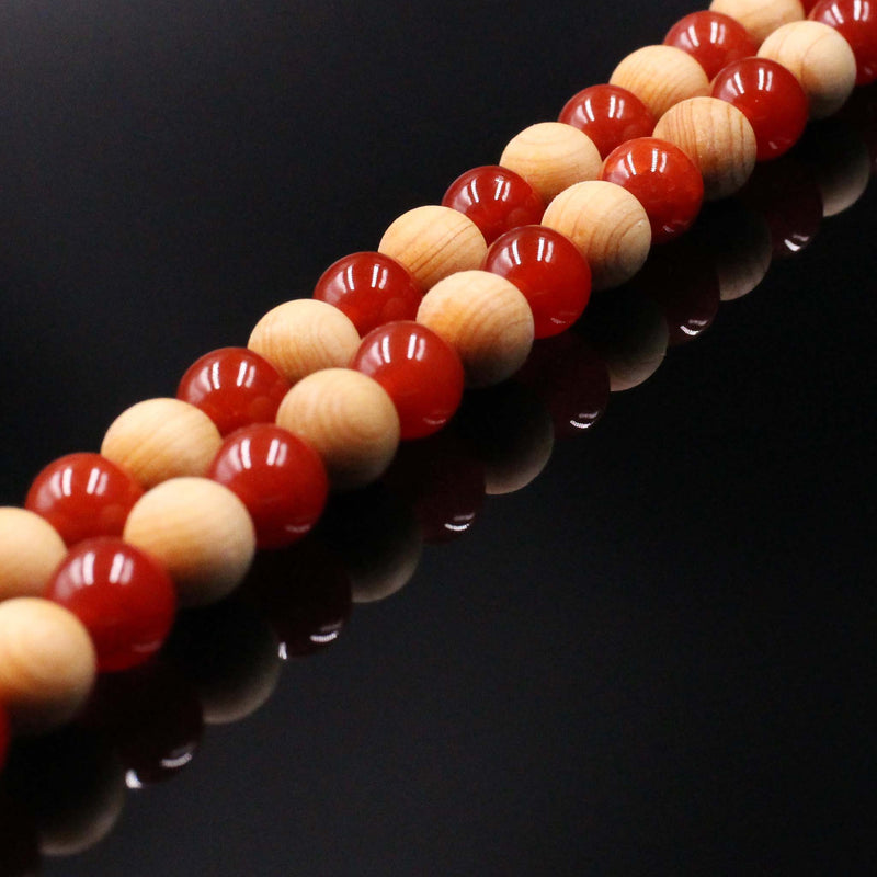 products/cedar-wood-red-agate-mala-bracelet_b47f58d1-e363-485b-8314-83574cd81793.jpg