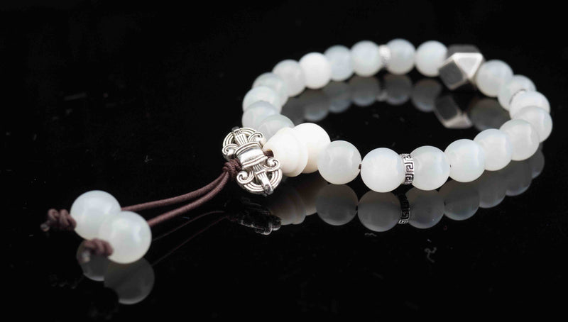 products/prayer-beads-bracelet-moonstone-heritage.jpg