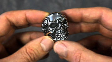 What is sterling silver skull rings