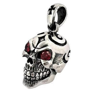 red garnet eye sterling silver skull pendant