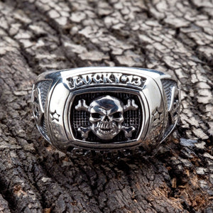 heldig gamble skull ring