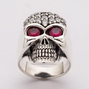 White forehead sparkling skull ring
