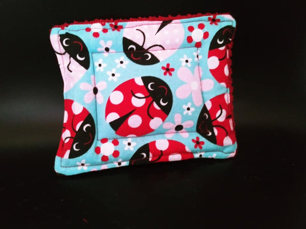 Ladybug print Un-sponge - dark red terry