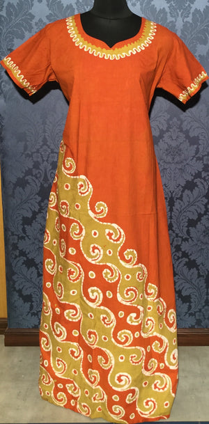 Handpainted georgette saree in bright red and blue from Jullaaha. 100% AZO free dyes. www.jullaaha.com. Handcrafted saree.