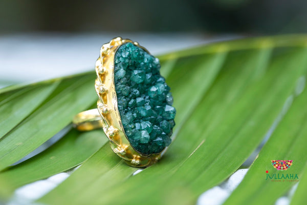 Gold & Green Ring - Jullaaha Boutique