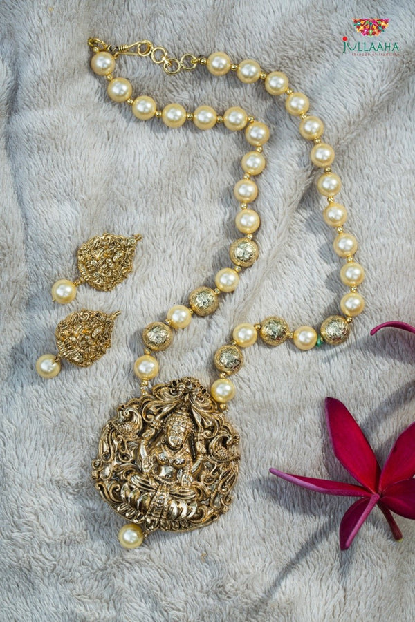 Antique Pearl Set With Earring - Jullaaha Boutique