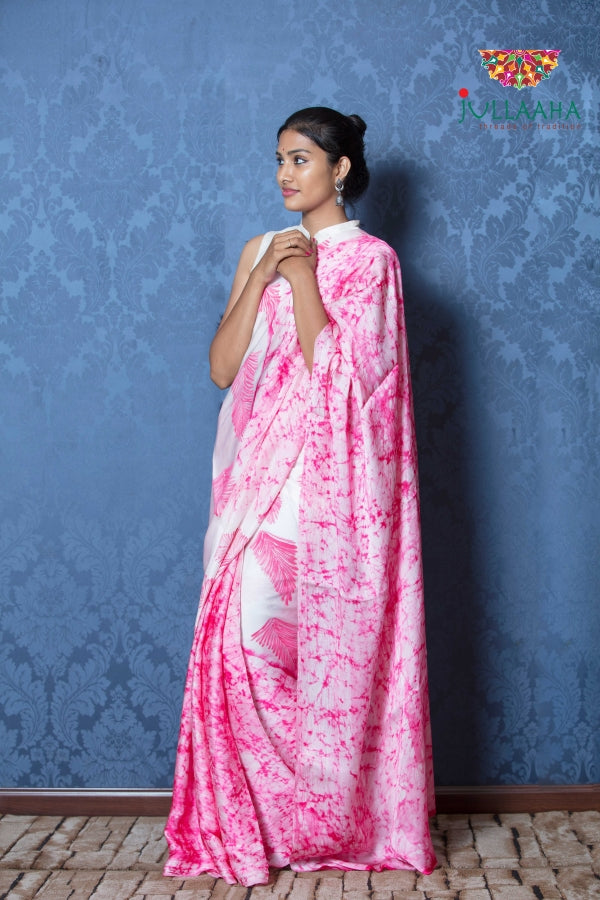 Exquisite hand painted batik on satin silk -to bring out the timeless look in you - Jullaaha Boutique