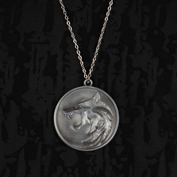 The Witcher Wolf Head Necklace Geralt Chain Pendant Necklace Metal Cosplay Accessories Gift Props