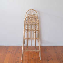 The Swirl Clothes Rack - Pre-Order