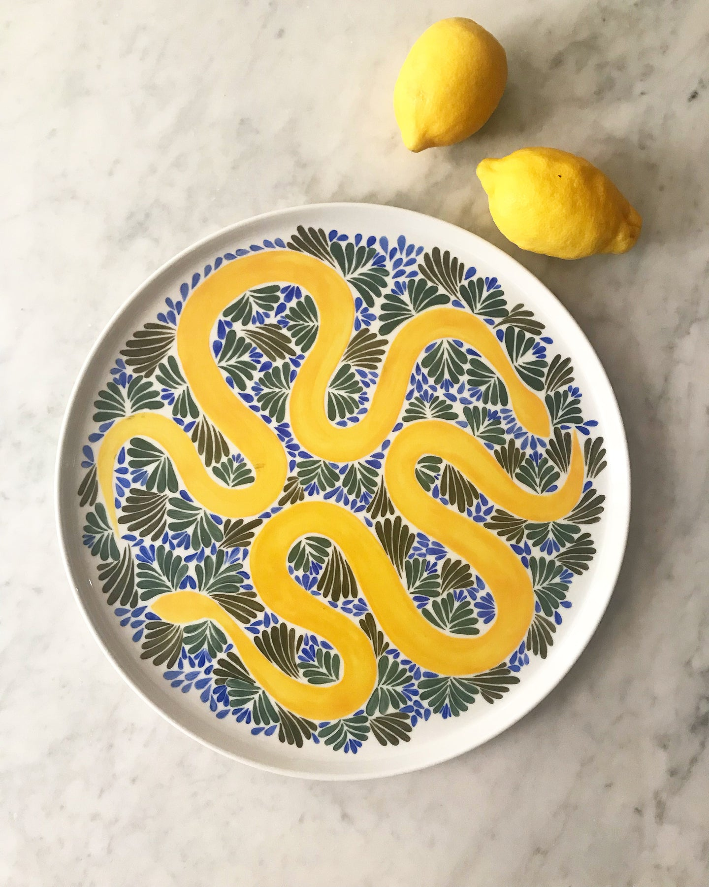 Plat serpents jaunes