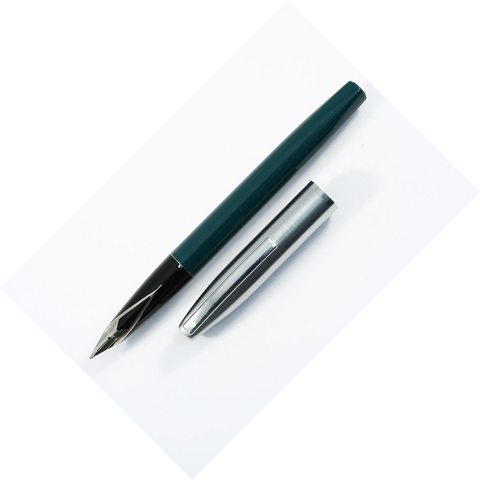 Sheaffer Triumph Chrome/Green Fountain Pen