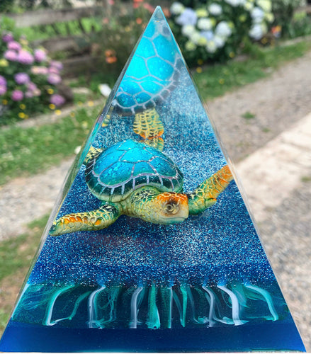 Turtle resin pyramid