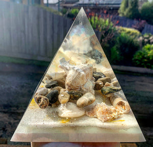 Take me to the beach resin pyramid