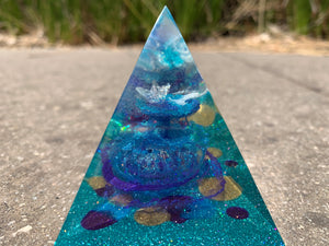 Mini resin pyramid