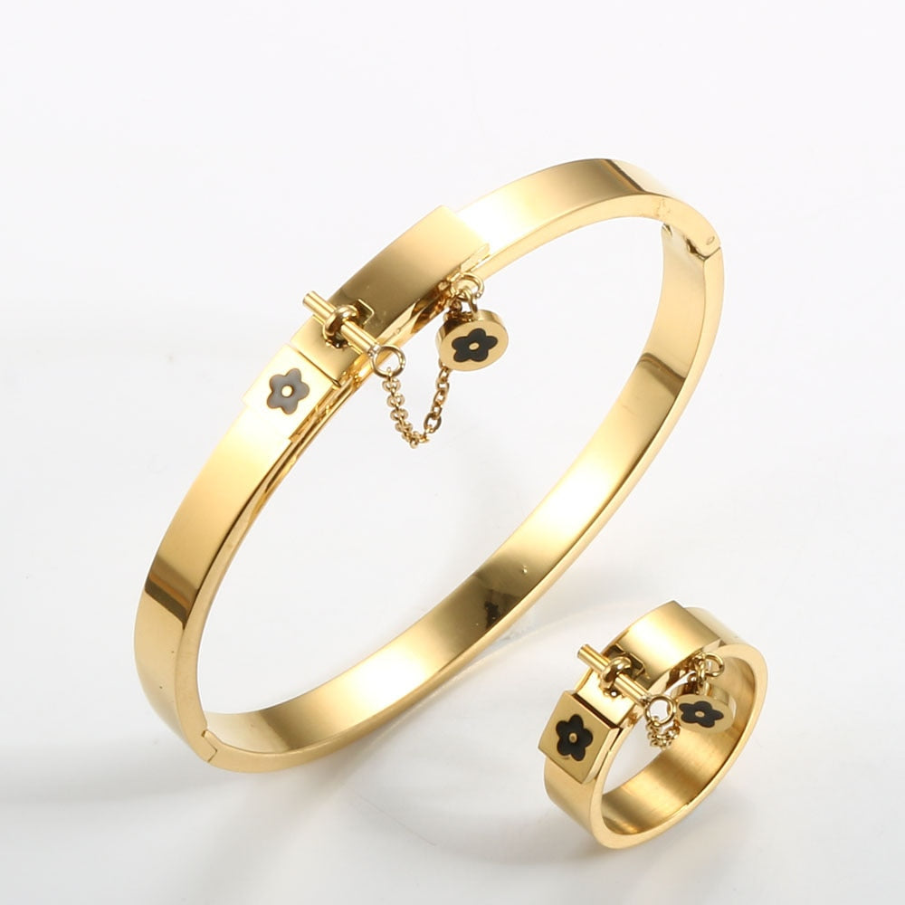 Stainless Steel Luxury Fashion Jewelry Set Gold Women Bangle Bracelet Flower Charm Finger Rings For Men Women Jewelry Set Gift