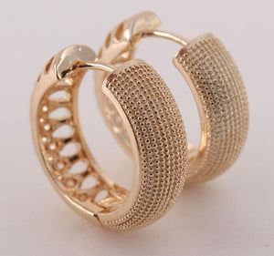 MHS.SUN Vintage Gold Color Women Hoop Earrings Hollow Design Girls Loop Earrings Luxury Ear Jewelry 1Pair For Gift