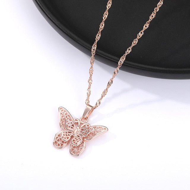 Butterfly Necklace For Women Stainless Steel Gold Water Wave Chain Choker Pendant Necklace Girl Butterfly Jewelry Valentine Gift