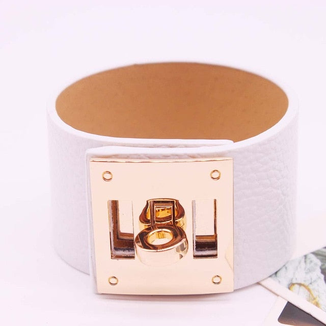 D&D European Fashion Punk Wide circular gold Leather Bracelets & Bangles for Women Cuff Bracelet Statement Jewelry