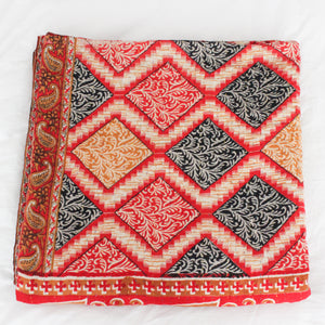 Vintage Kantha Quilt with red geometric pattern - Anokha Collection