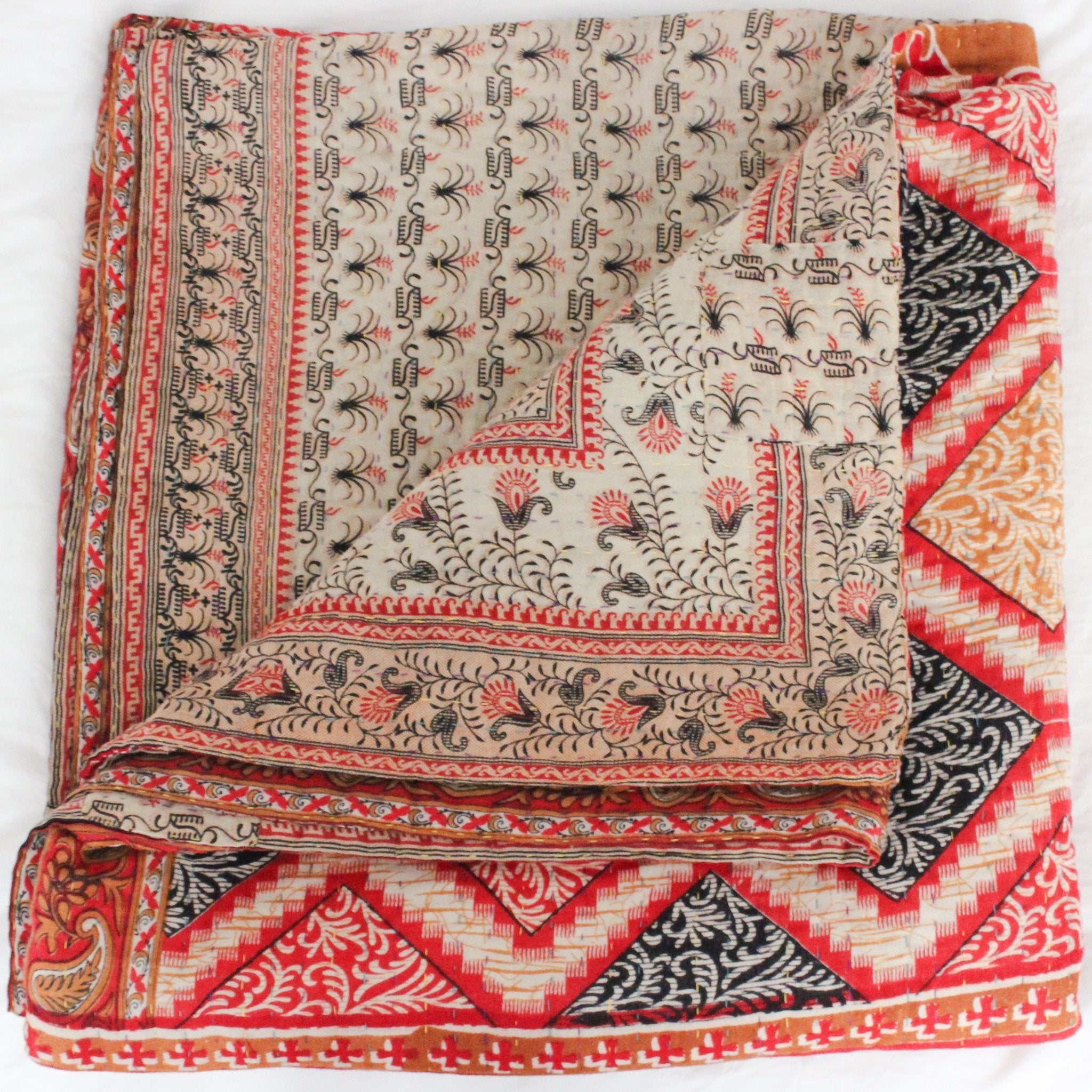 Vintage Kantha Quilt in pink and red- Anokha Collection