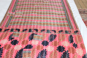 Vintage pink Kantha throw - Anokha Collection