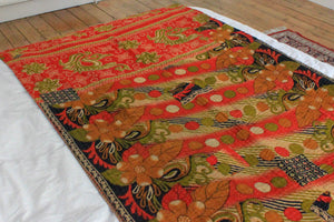 Vintage Kantha throw in red and black - Anokha Collection