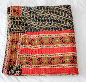 Vintage Kantha Quilt with red and black pattern - Anokha Collection