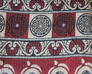 Red Kantha Quilt Pattern - Anokha Collection