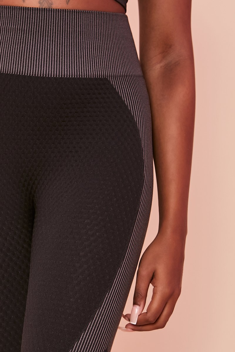 Black Embossed Panel Leggings - Kira - KATCH ME