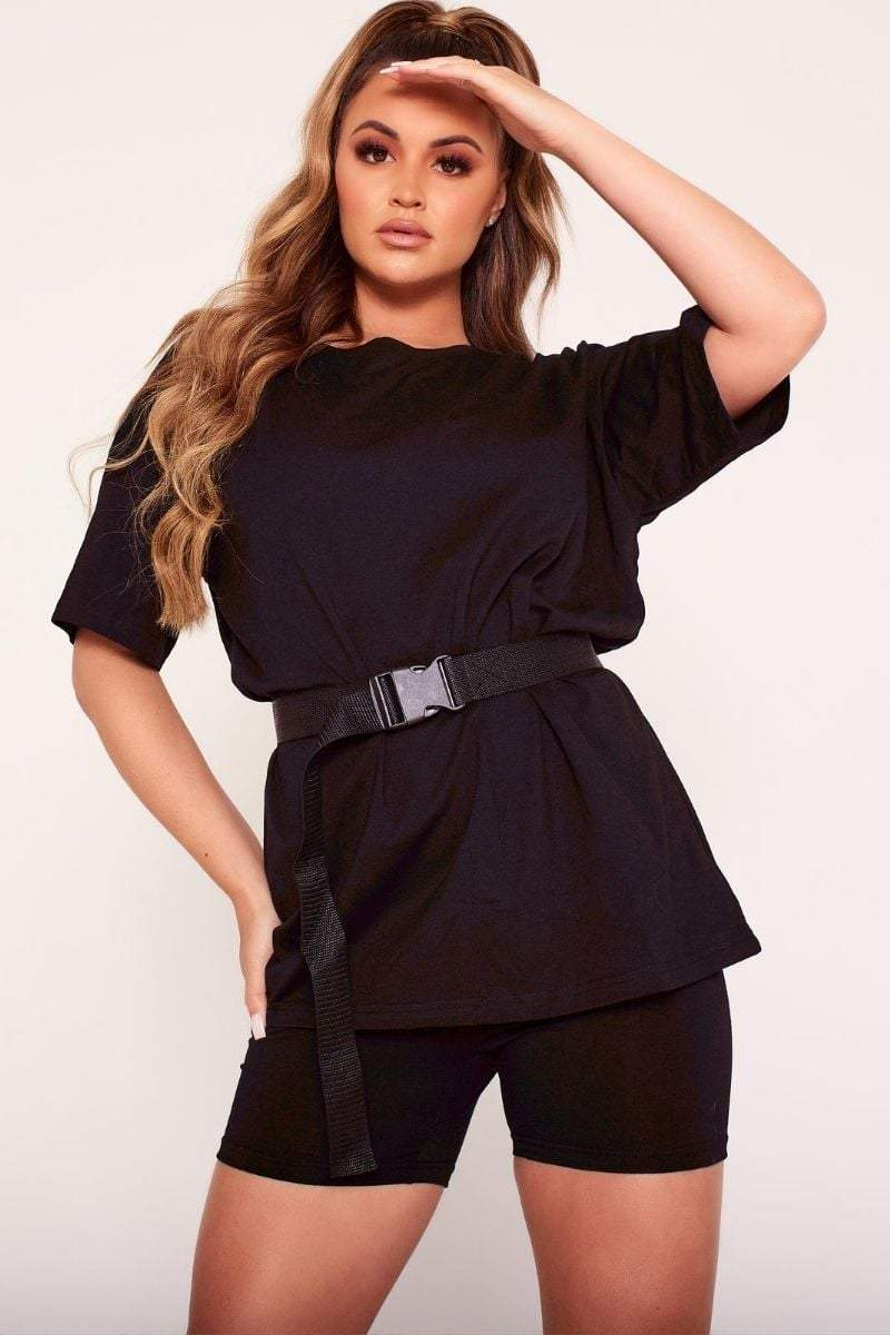 Black Oversized Buckle Belt T-Shirt- Rita - KATCH ME