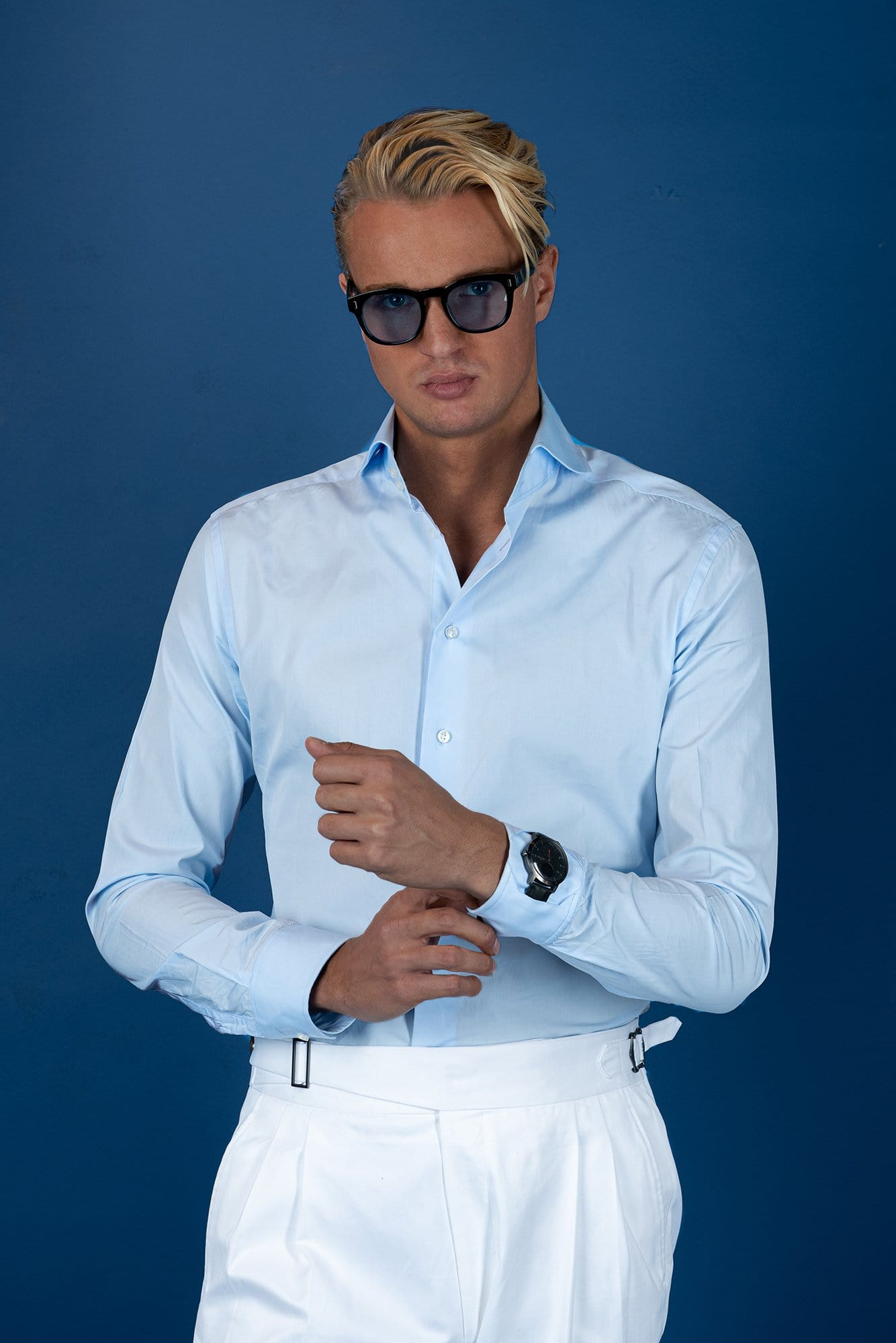 L'avvocato Blue Shirt - Grand Le Mar