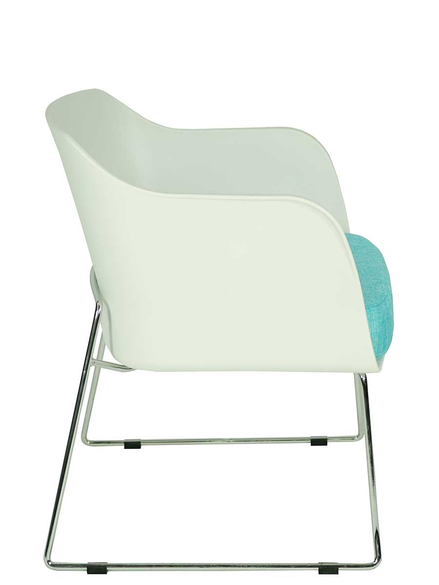 COLLECTIVE SWITCH CHAIR