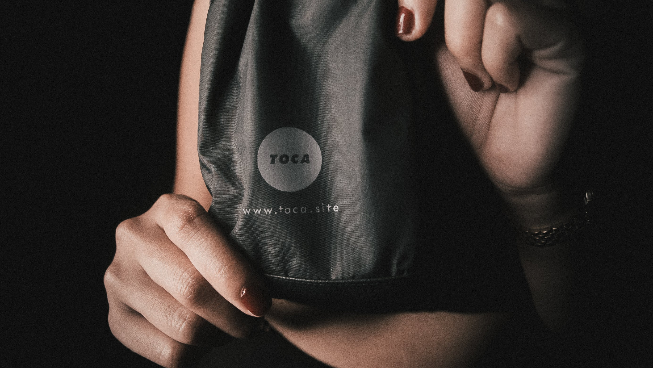 TOCA® Anti-surveillance No Signal smartphone sleeve (limited edition)