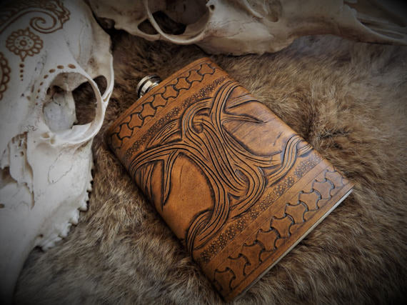 Yygdrasil Hip Flask