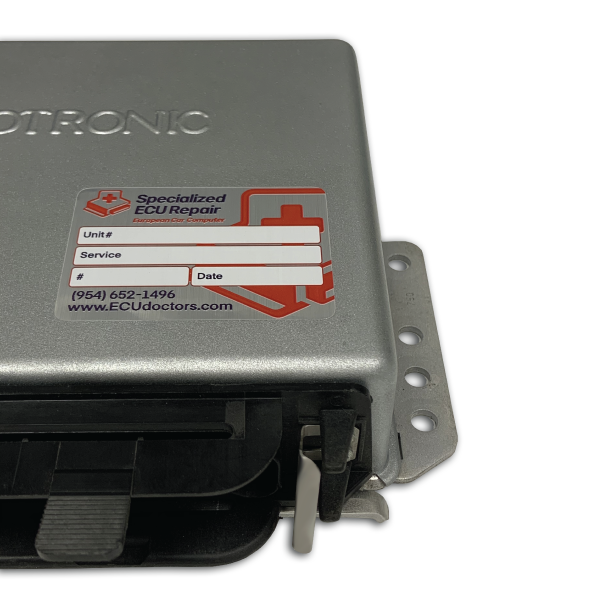 Porsche 911 3.2 Carrera ECU DME<br>Bosch 0 261 200 050 - Repair